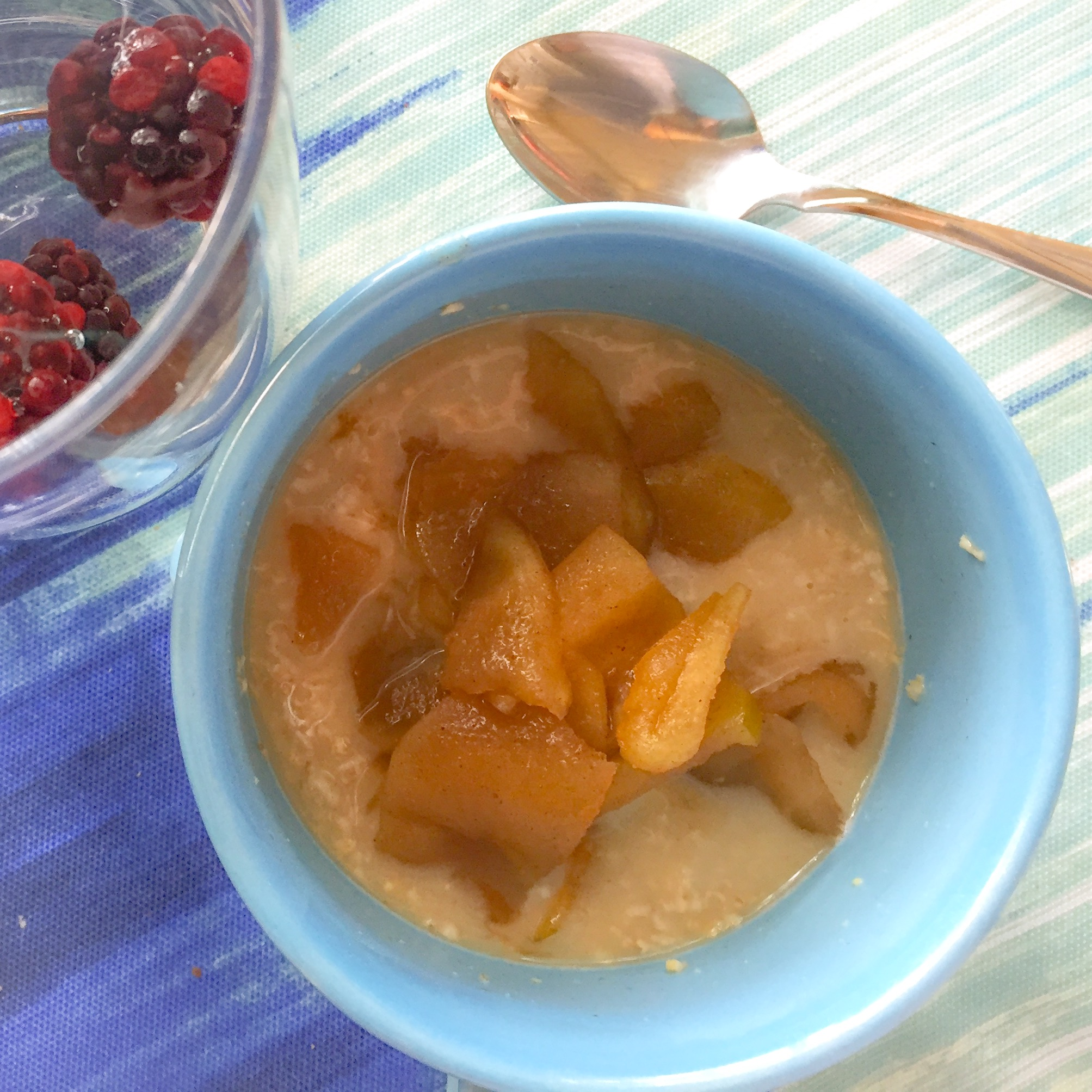 Gluten-free Cinnamon Apples over Gluten-free Oatmeal